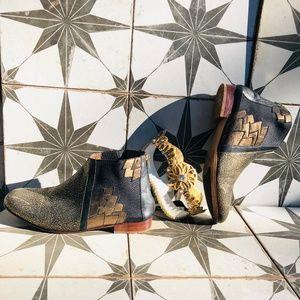 Anthropologie Luiza Perea Winged Metallic Boots